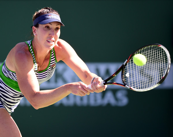 Jelena Jankovic hits a backhand | Photo: Harry How/Getty Images North America