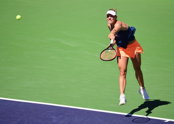 Kerber breezes into third round at Indian Wells