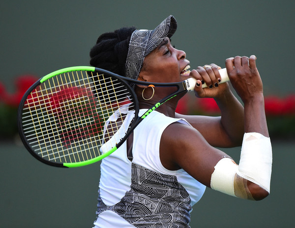 Venus Williams managed to adapt to her injuries as the match progressed | Photo: Harry How/Getty Images North America
