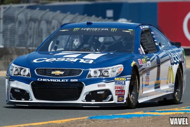Harvick wins for first time this season at Sonoma