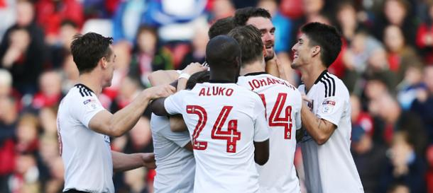 Los jugadores del Fullham celebran el tanto de Malone. Foto: Fulham