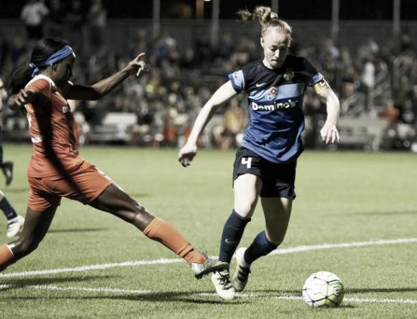 Sauerbrunn in action for FC Kansas City | Source: kansascity.com