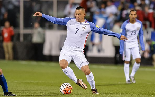 Bobby Wood of the United States Men's National Team controls the ball against Guatemala during the FIFA 2018 World Cup qualifier on March 29, 2016 | Jamie Sabau - Getty Images