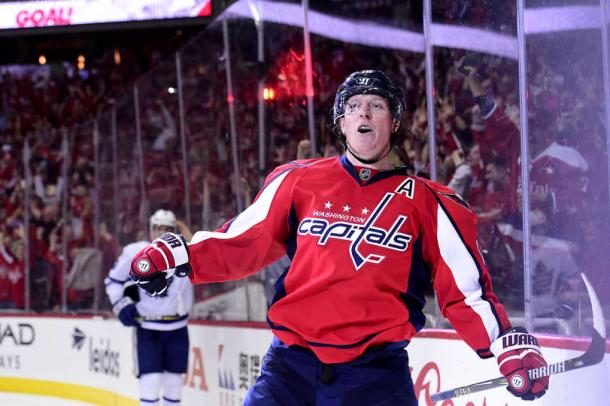 Nicklas Backstrom celebrates his game-tying goal. Photo: Patrick McDermott/Getty Images