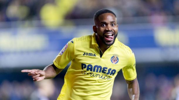Bakambu celebra un gol con el Villarreal | Foto: LaLiga.com