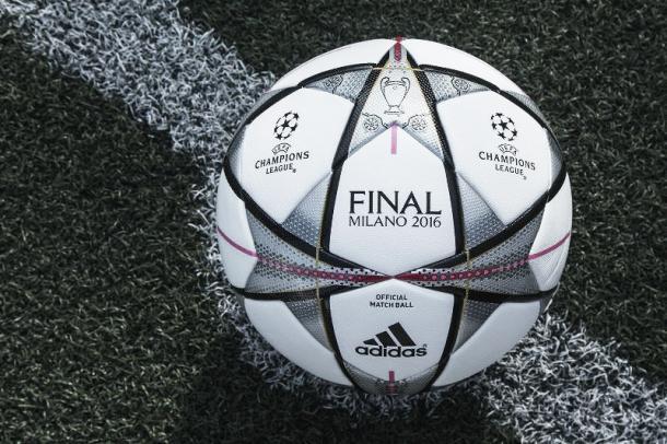 El balón de las estrellas que presidirá la final de Milán   Fotografía: Adidas