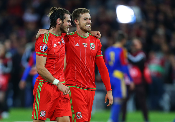 Bale and Ramsey celebrate together | Photo: Catherine Ivill/AMA