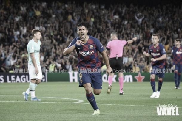 Luis Suárez consigue un 'doblete' ante el Inter de Milán | Foto: Noelia Déniz - VAVEL