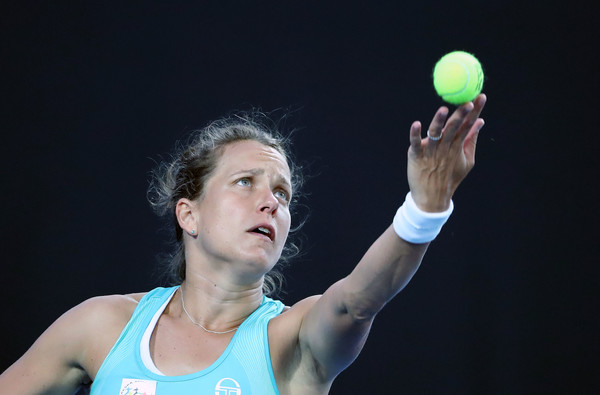 Barbora Strycova serves during the match | Photo: Scott Barbour/Getty Images AsiaPac