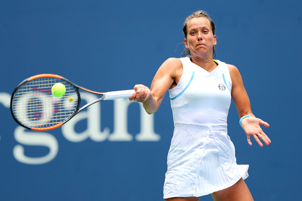 Barbora Strycova turned the tides in her favour in the second set | Photo: Elsa/Getty Images North America