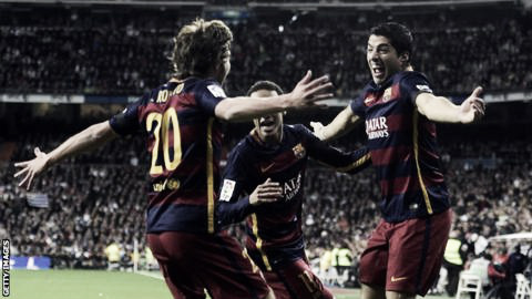 Barcelona celebrate in their 4-0 win over Real Madrid | Photo: Getty Images