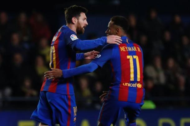 Messi e Neymar esultano dopo il gol dell'Argentino contro il Villareal (Fonte foto: Daily Mirror)