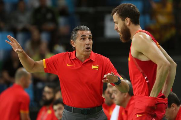 Scariolo no se fía de Montenegro. | Fotografía: Getty Images