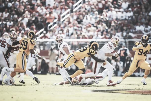 El front-seven de los Rams estuvo de élite con 7 sacks y 2 fumbles | Foto: Rams.com