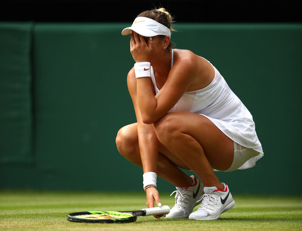 Bencic reacts after missing the forehand at 5-5 in the tiebreak | Photo: Clive Brunskill/Getty Images Europe