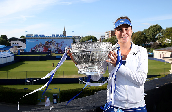 Belinda Bencic with the Aegon International trophy last season (Getty/Ben Hoskins)