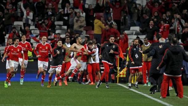 Jonas scarica tutta la sua rabbia dopo aver segnato il gol decisivo allo scadere contro lo Zenit. | Google.