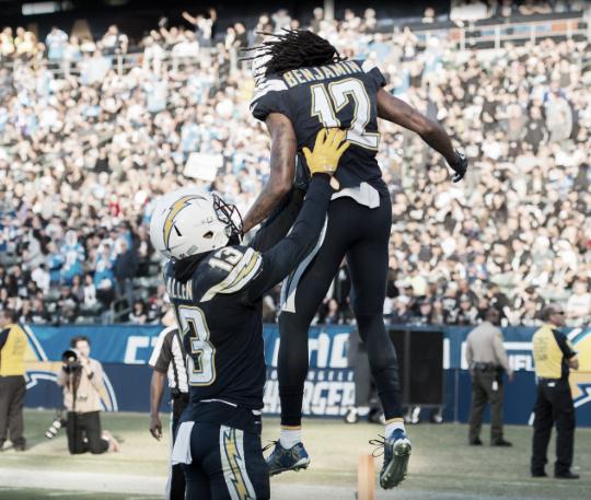 Dos de los cuatro touchdowns del partido fueron a través de tremendas big-plays | Foto: Chargers.com