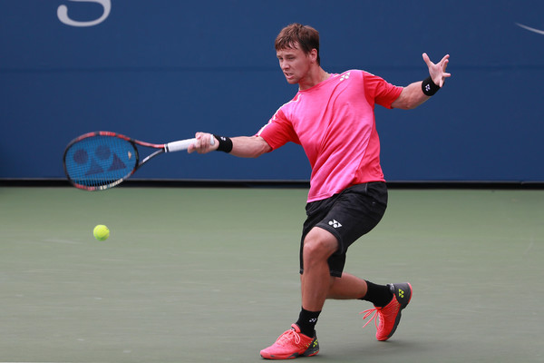 Berankis lines up a forehand. Photo: Michael Reaves/Getty Images