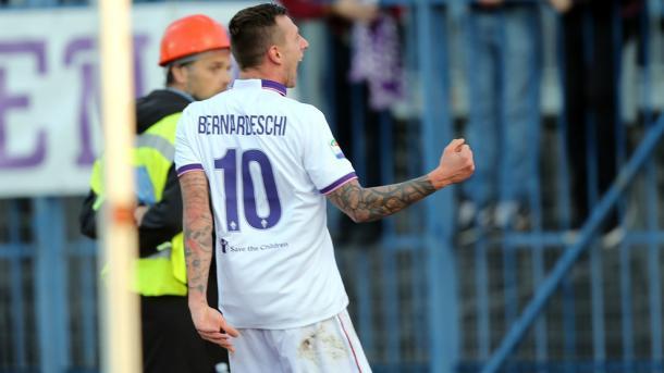 Bernardeschi chegou a seis gols na Serie A e é o artilheiro viola na Serie A (Foto: Uefa.com/Getty Images)