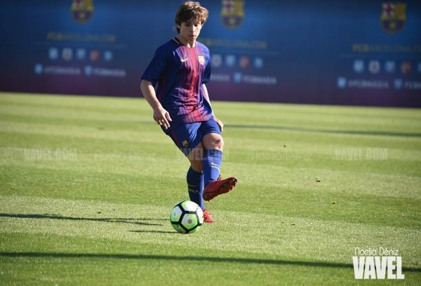 Adrià Bernabé este curso con el FCB Juvenil B. Foto: Noelia Déniz, VAVEL