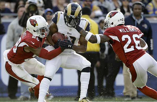 Cardinals cornerbacks Justin Bethel (left) and Brandon Williams in the 2016 regular season finale against the Rams. |Jan. 1, 2016 – via azcardinals.com|