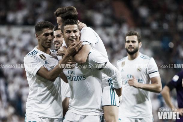 Cristiano, Achraf, Mayoral y Ceballos festejan un gol del Real Madrid I Foto: Daniel Nieto (VAVEL)
