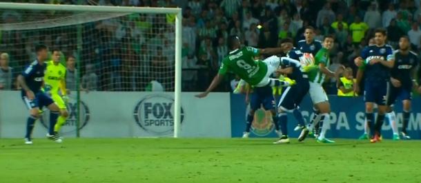 Miguel Borja marcó un 'triplete' y clasificó a Nacional en la semifinal de la Copa Sudamericana 2016. | Foto: FOX Sports