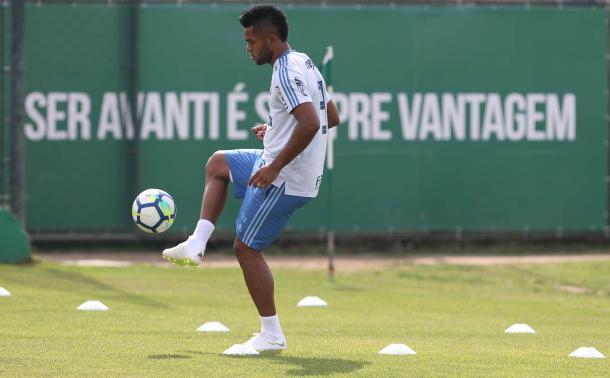 Borja, lesionado, ainda é o artilheiro da equipe alviverde, com 15 gols (Foto: Cesar Greco/SE Palmeiras/Divulgação)