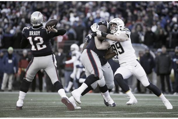 Tom Brady también de destacó con 343 yardas aéreas y un pase de anotación (Imagen: Patriots.com)