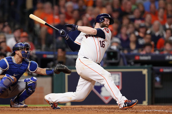 McCann's blast continued his hot hitting and gave the Astros a three-run lead again/Photo: Christian Petersen/Getty Images