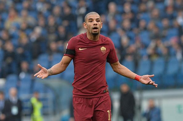 Bruno Peres não deve enfrentar como titular diante do Milan (Foto: Silvia Lore/NurPhoto via Getty Images)