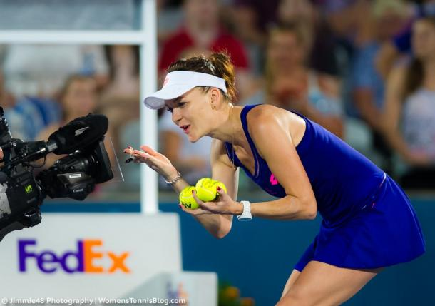 Agnieszka Radwanska kisses to the camera after her win | Photo: Jimmie48 Tennis Photography