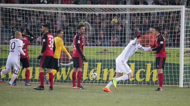 La corsa di Lewandowski dopo il gol decisivo. | Fonte immagine: Twitter @UEFAChampionsLeague