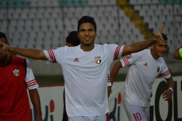 Hernández celebrando su gol. FOTO: Deportivo Lara.