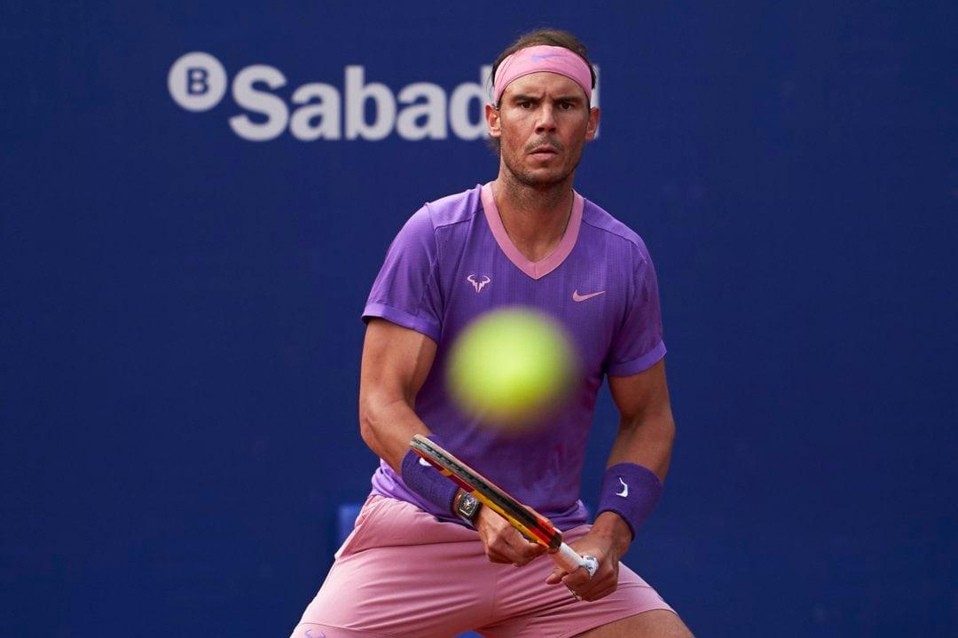 Nadal awaits a shot from Nishikori/Photo: Barcelona Open Banc Sabadell