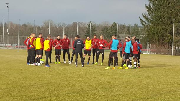 Köllner takes his first session with the first team. | Photo: 1. FC Nürnberg