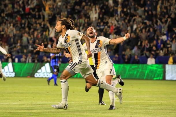 Jones caps his good night off with a goal | Source: lagalaxy.com