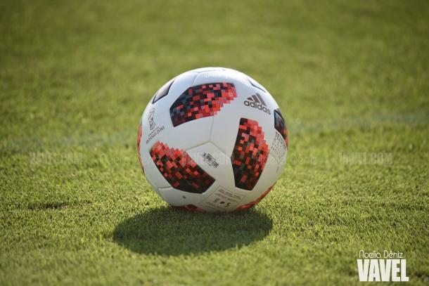 Balón del entrenamiento previo a la Supercopa de España | Foto: Noelia Déniz - VAVEL