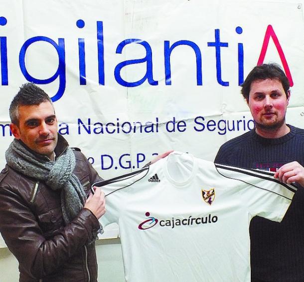 De los Mozos, en su presentación con el Bupolsa (Foto: Diario de Burgos)