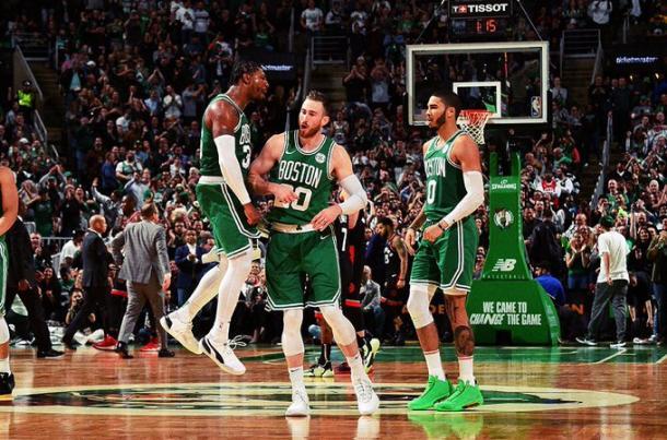 Vía.Boston Celtics