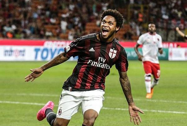 Luiz Adriano, fonte milancafe24