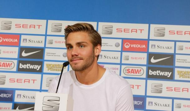 Nyman speaks to the press in his first meeting with the media. | Image credit: Eintracht Braunschweig
