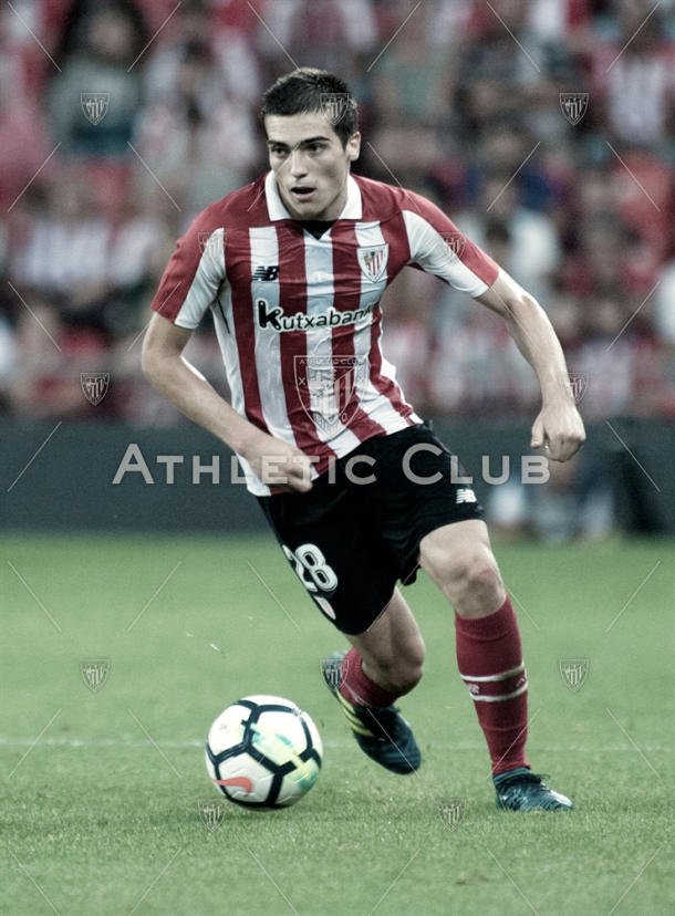 Iñigo Córdoba en su debut europeo con el Athletic | Vía athletic-club.eus
