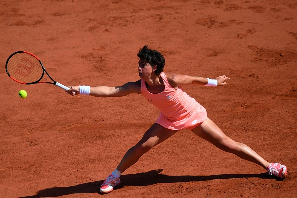 Suarez Navarro lost to Halep on clay for the first time (Photo by Gabriel Bouys / Getty)