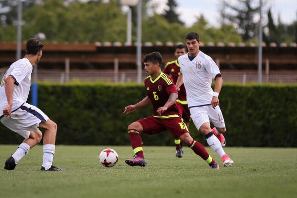Ronaldo Lucena en el encuentro ante la selección de Italia / Foto: Prensa FVF