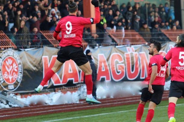 Dursen celebrates scoring for Karagümrük | Photo: Serdar Dursun
