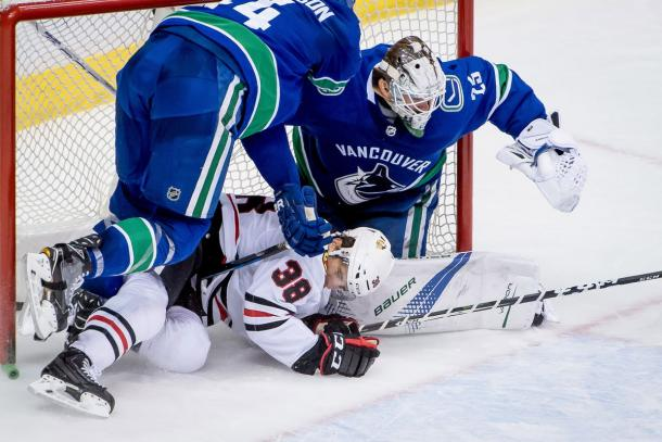 The Chicago Blackhawks looked dismal in losing to the Vancouver Canucks on December 28, 2017. (Photo: Dom Gagne-USA TODAY Sports)
