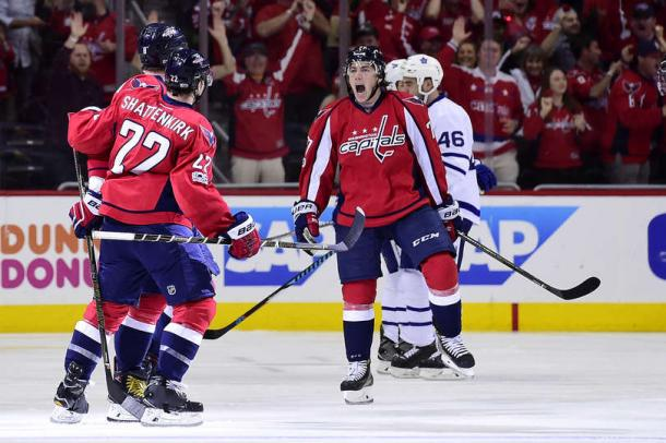 The Capitals celebrate Ovechkin's game-tying goal in the second period. Photo: Patrick McDermott/Getty Images