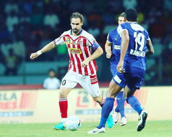 Fernández como jugador del Atlético Kolkata: Imagen: ISL